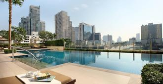 Sukhumvit Park, Bangkok - Marriott Executive Apartments - Bangkok - Pool