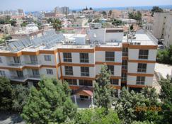 Onisillos Hotel - Lárnaca - Edificio