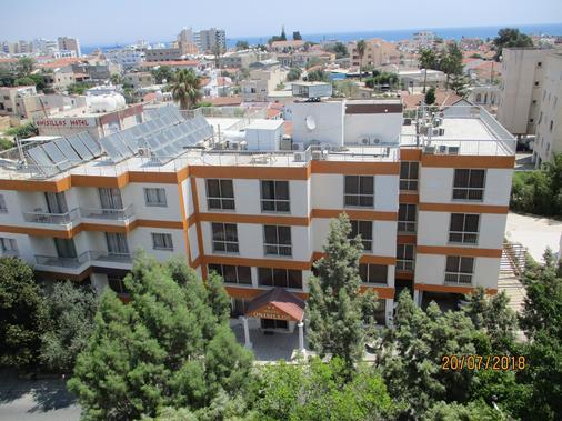 オニシロス ホテル - ラルナカ - 建物