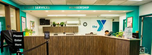 Flushing Ymca - Queens - Front desk