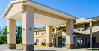 Quality Inn - Great Bend