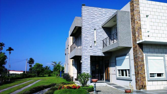 Qianjiqing Villa - Taitung City - Building
