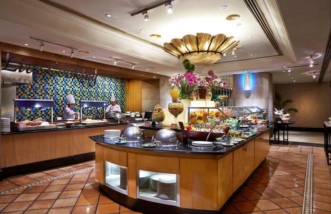 Corus Hotel Kuala Lumpur - Kuala Lumpur - Buffet