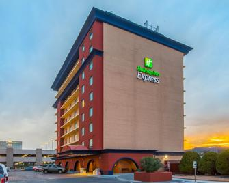 Holiday Inn Express EL Paso-Central - Ель-Пасо - Building