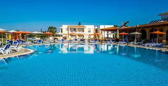 Aktea Beach Village - Ayia Napa - Piscina