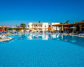 Aktea Beach Village - Ayia Napa - Pool