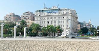 Hotel Esplanade - Pescara - Edificio