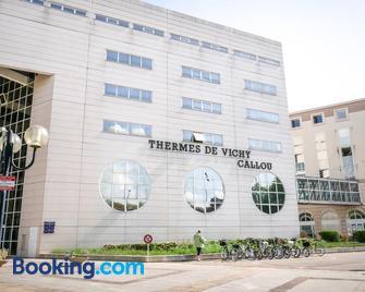 Hotel Des Thermes Callou - Vichy - Building