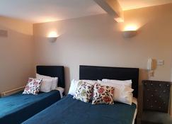 Kgt House - Dublin - Bedroom