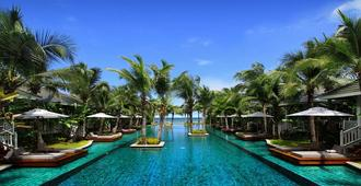 Rest Detail Hotel Hua Hin - הוא הין - בריכה