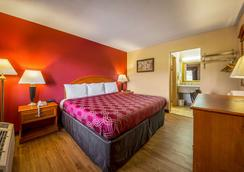Econo Lodge - Mount Laurel - Bedroom