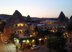 Cave Hotel Saksagan - Göreme - Vista del exterior