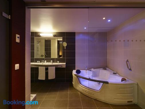 Europe Hotel - Ostend - Bathroom