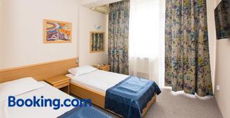 Briz 2 Hotel - Varna - Bedroom