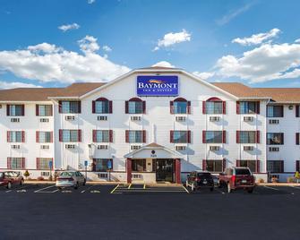Baymont by Wyndham Cedar Rapids - Сидар-Рапидс - Здание