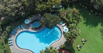 Shangri-La's - Eros Hotel, New Delhi - Nueva Delhi - Piscina