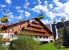 Hotel Meta Resort & Vine Spa - Szczyrk - Building