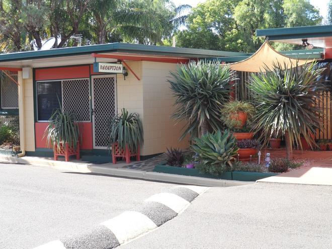Oakey Motel - Toowoomba - Outdoor view