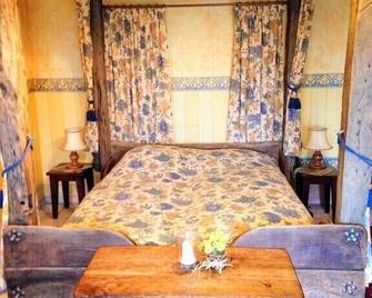 Romantik Landhaus Christophorus - Nideggen - Спальня