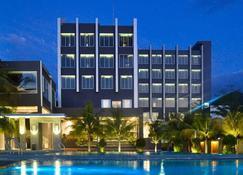 Aston Gorontalo Hotel & Villas - Gorontalo - Gebäude