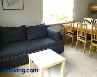 Långasjönäs Camping & Stugby - Karlshamn - Living room