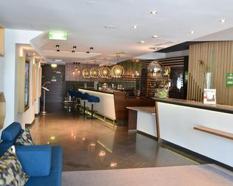 Holiday Inn Salzburg City - Salzburgo - Bar
