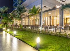 Hotel Riu Plaza Panama - Panama City - Outdoor view