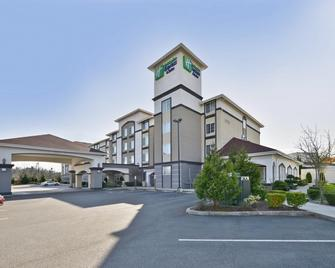 Holiday Inn Express & Suites Tacoma South - Lakewood - Lakewood - Gebäude