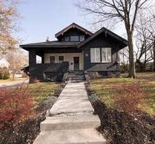 Hopkins Park Bed And Breakfast