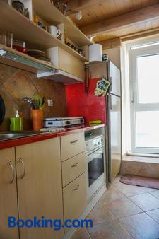 Dolichi Studio - Samos - Kitchen