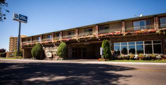 Best Western Driftwood Inn - Idaho Falls - Building