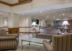 Wingate by Wyndham Tuscaloosa - Tuscaloosa - Lounge