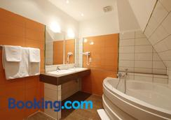 Preuß im Dammtorpalais - Hamburg - Bathroom