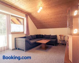 Ferienhäuser Inge Und Seeblick - Latschach - Living room