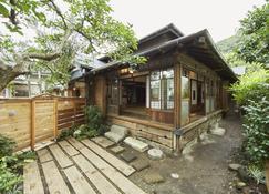 Minatonoakari - Hayama - Vista del exterior
