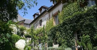 La Cour Sainte Catherine - הונפלואור - נוף חיצוני