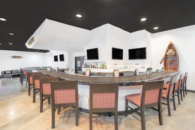 米德蘭溫德姆花園酒店 - 米德蘭 - 米德蘭(德克薩斯州) - 酒吧