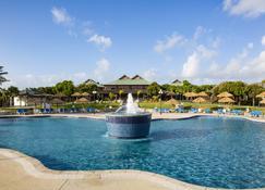 Verandah Resort & Spa - Willikies - Pool