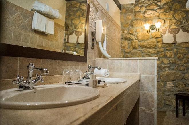 Hotel Casa del Marqués - Santillana del Mar - Phòng tắm