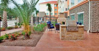 Residence Inn Houston I-10 West/Park Row - Houston - Patio