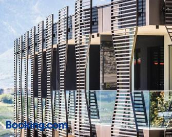 Hotel Schwefelbad (Schenna Resort) - Schenna - Gebäude