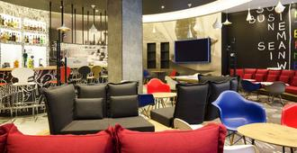 ibis Yerevan Center - Yerevan - Lounge