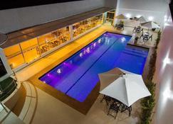 Royal Hotel & Gastronomia - Macapá - Pool