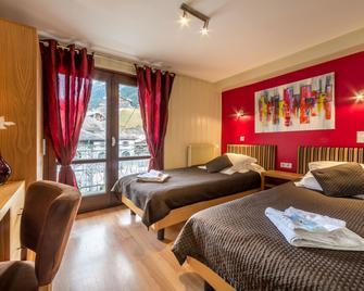 Les Rhodos Hotel - Morzine - Bedroom
