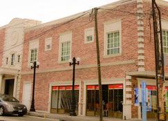 Hotel Estancia - Lagos de Moreno - Edificio