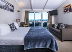 Twin Peaks Lakeside Inn - Taupo - Schlafzimmer