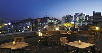 ibis Ambassador Seoul Insadong - Seoul - Balkon
