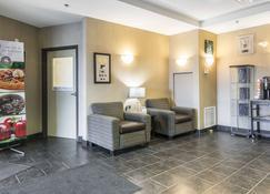 Quality Inn & Suites Thompson - Thompson - Lobby