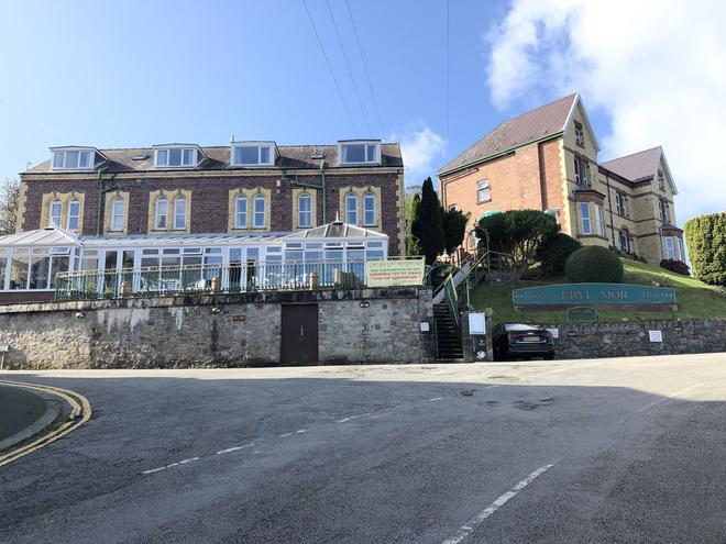 Eryl Mor Hotel - Bangor - Building