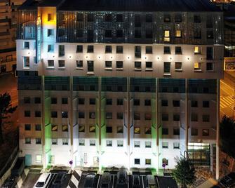 Hotel Reseda - Bagnolet - Bâtiment